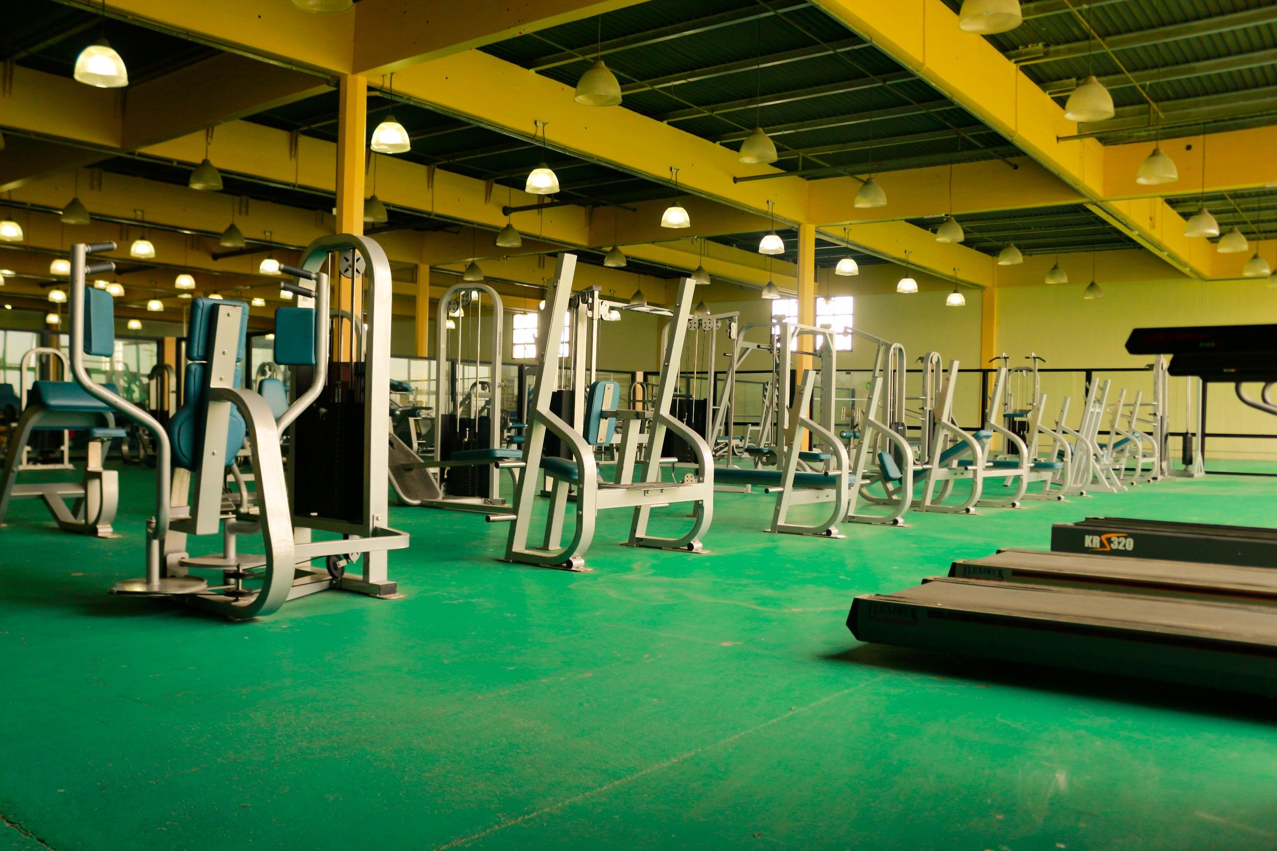 Nuevo gimnasio de musculaci n en la unlam periodico sic for Gimnasio abierto